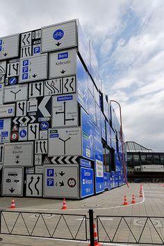 This way up! Verkehrshaus Luzern / Swiss Museum of Transport