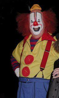 Pat Cashin's CLOWNALLEY.NET: 10/1/06 - 10/8/06        Buttons the Clown