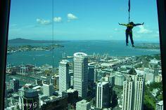 http://originaltalesfromthetrail.blogspot.com/    Bungee jumping--Auckland's Sky Tower
