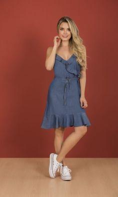 #moda #dyaboo #estilos #vestidos #denim Indigo, Summer Dresses, Casual, Denim, Fashion, Vestidos, Blue Stripes, Summer Outfit, Minimal Dress