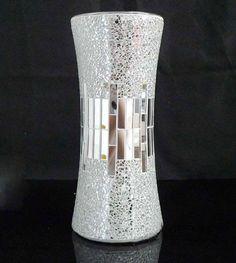 5 Worthy Simple Ideas: Square Vases Wedding marble vases home.Vases Drawing Pink Roses greek vases for kids.Greek Vases For Kids. Mirror Crafts, Vase Crafts, Mosaic Vase, Mirror Mosaic, Vase Centerpieces, Vases Decor, Bottle Art, Bottle Crafts, Cheap Glass Vases