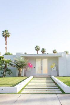 Palm Springs ▇  #Home  #Design #Architecture   http://www.IrvineHomeBlog.com/HomeDecor/  ༺༺  ℭƘ ༻༻    Christina Khandan - Irvine California
