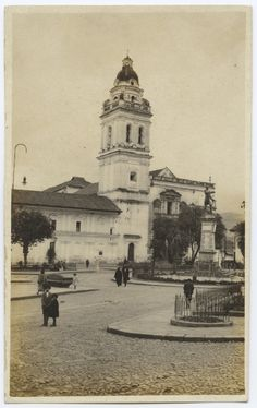 Iglesia y Plaza de Santo Domingo, Quito