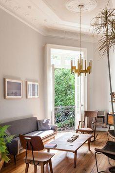 Living room in Francisco Pardo's Mexico City home | archdigest.com