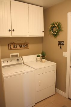 laundry room paint color - Raffia by Valspar Country Girl Home, Country Decor, Laundry Room Storage, Laundry Rooms, Laundry Area, Laundry Tips, Small Laundry, Storage Room, Laundry Room Inspiration