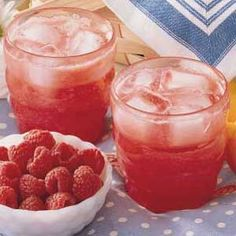 Raspberry Lemonade Recipe      2 cans (12 ounces each) thawed frozen lemonade concentrate... 2 packages (10 ounces each) frozen sweetened raspberries, partially thawed        2 to 4 tablespoons sugar      2 liters club soda, chilled Ice cubes
