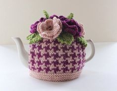 Anderston Houndstooth - Flower Garden Tea Cosy - in Merino Wool and Cashmere mix - Size SMALL - by Tafferty Designs