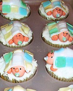 baby shower ideas your best cupcakes for baby showers martha baby cupcakes 360x449