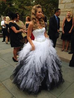 White And Black Quinceanera Sequins 2016 Sweetheart Sleeveless Ball Gown Prom Dress Custom Made Eleagnt Formal Dress Gowns Full Gowns Ivory Quinceanera Dresses From Lovemydress, $150.76| Dhgate.Com