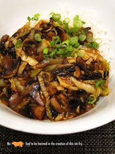 Vegan mushroom and cabbage stir-fry with garlic sauce.