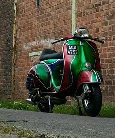 Piaggio Vespa, Lambretta Scooter, Vespa Scooters, Vespa Super, Red Vespa, Vespa Motorcycle, Custom Vespa, Italian Scooter, Vintage Vespa