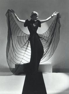 Helen Bennett, Spider Dress - 1939 - Photo by Horst P. Horst (German-American, 1906-1999) - @~ Watsonette