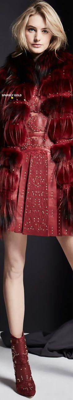 #ZuhairMurad #Fall2019 #Runway Dark Red Dresses, Versus Versace, Haute Couture Fashion, Zuhair Murad, Ulla Johnson, Runway Fashion, Ready To Wear, Marsala, Ambition