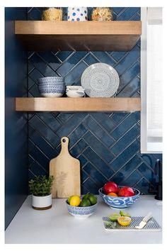 New kitchen blue countertops shelves 26 Ideas Blue Kitchen Tiles, New Kitchen, Kitchen Decor, Kitchen Ideas, Blue Countertops, Blue Backsplash, Backsplash Ideas, Vaulted Ceiling Kitchen, Vaulted Ceilings