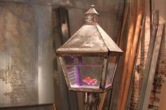 Street Lamp Fish Tank.