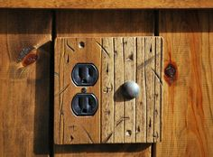 RUSTIC WOOD RANCH BARN DOOR LIGHT SWITCH OUTLET PLATES LOG CABIN ROOM HOME DECOR