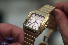 Cartier Santos – our hands on review Bullet Jewelry, Geek Jewelry, Gothic Jewelry, Men's Jewelry, Sport Watches, Watches For Men, Men's Watches, Cartier Watches, Burberry Men