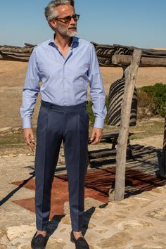 pantalone - Pini Parma Mature Mens Fashion, Italian Mens Fashion, Fashion Vintage, Master Tailor, Pantalon Costume, Cocktail Attire, Grey Trousers, Double Breasted Jacket, Gentleman Style