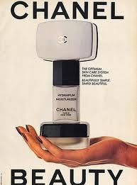 I had this, the soap was pink and I loved it. Chanel Beauty, Chanel Makeup, Coco Chanel, Diy Beauty, Makeup Ads, Diy Makeup, Vintage Advertisements, Vintage Ads, Gabrielle Bonheur Chanel