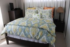 Complete Queen Bed including Duvet Cover 2 Queen by Heirloome