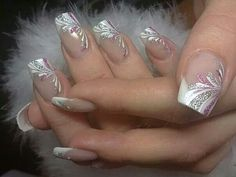 French Nails Nude Quadratisch Spitze Weis Dreieckig Lang Elegant Brautnagel Ring - - The Effective Pictures We Offer You About wedding nails videos A quality picture can tell you many thi Beautiful Nail Designs, Beautiful Nail Art, Gorgeous Nails, Pretty Nails, French Nails, French Manicures, Elegant Bridal Nails, Elegant Makeup, Elegant Wedding