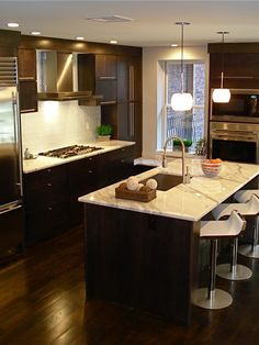 Kitchens With Dark Hardwood Floors Design, Pictures, Remodel, Decor and Ideas - page 3