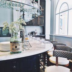 Collette Grand Café - 550 Wellington Street