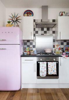 Modernas cocinas con aires retro