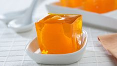 Gelatina de naranja con mandarinas Gender Neutral Baby Shower, Baby Shower Themes, Gelatina Light, Sweet And Low, Fun Desserts, Meals, Tableware, Food, Recipes