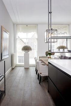 Black Kitchens, Home Kitchens, Home Goods Decor, Home Decor, Belgian Style, Open Plan Living, Wooden Flooring, Beautiful Kitchens, Kitchen Dining