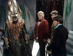 Image from http://img4.wikia.nocookie.net/__cb20100611003253/tardis/images/f/f7/Three_Doctors.jpg.