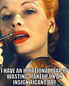 """Lucille Ball - Lucille Ball - """"I love Lucy"""" star Lucille Ball retouches her luscious lips in red during her height of fame in Hollywood. Lucille Ball, 1940s Makeup, Vintage Makeup, Vintage Beauty, Vintage Glamour, Vintage Style, 1940s Style, Vintage Vanity, Hollywood Actresses"""