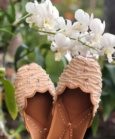 Pinterest: @ameensandhu #indian #traditional #pakistani #punjabi #fashion #attire #embroidery #sequins #footwear #ethnic #womensfashion #dabka #zardosi #zardozi #jutti #juttis #khussa #mojri #desi #desifashion #desishoes #desidesigns #shoes
