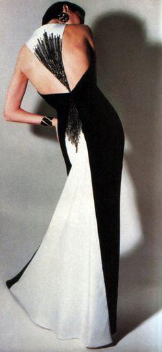 Bill Blass, American Vogue, September 1984. Photograph by Gideon Lewin.