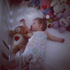 Lux and her Care Bears! xx (: she is sooo cute omfg Baby Lux, Girls Series, Care Bears, Just Smile, Disney Movies, Baby Photos, Baby Animals, Cute Babies, Love Her