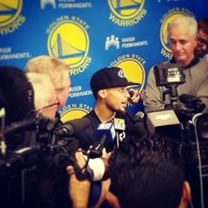Stephen Curry conducting his season-ending interview w/ the media today at #Warriors HQ. Video coming soon on warriors.com