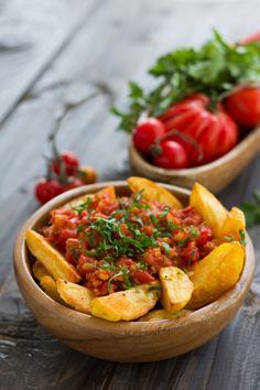 Airfryer Spanish Spicy Potatoes (Patatas Bravas) Get a taste of  Mein Blog: Alles rund um die Themen Genuss & Geschmack  Kochen Backen Braten Vorspeisen Hauptgerichte und Desserts