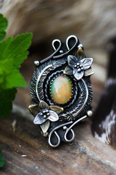 Ethiopian Opal Ring. Wildflower Ring Size 6.25. Silver Feather Ring. Spring Jewelry. Natural Opal Statement Ring. Trillium Jewelry. Rustic.