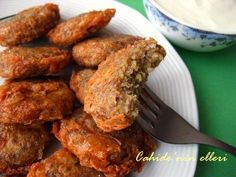 Meat Recipes, Recipies, Turkish Recipes, Ethnic Recipes, Tandoori Chicken, Chicken Wings, Spices, Food And Drink, Turkey