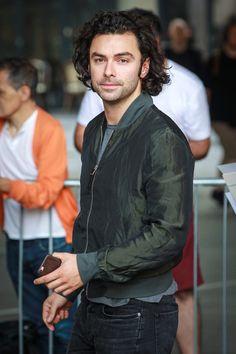 Aidan-Turner-BBC-Radio-One-Studios-Street-Style-Fashion-Tom-Lorenzo-Site (3)