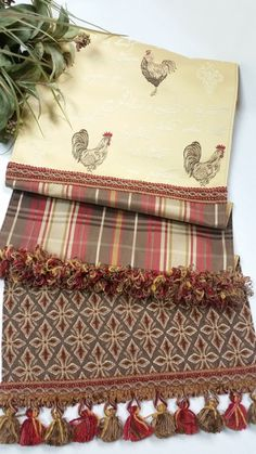 Decorative Rooster Table Runner