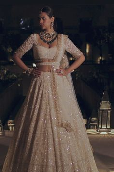Party Wear Indian Dresses, Designer Party Wear Dresses, Party Wear Lehenga, Indian Bridal Outfits, Indian Bridal Fashion, Indian Bridal Wear, Dress Indian Style, Indian Fashion Dresses, Indian Designer Outfits