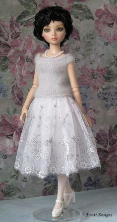 Ellowyne Skirt, Top and Accessories by *evati* via ebay,  SOLD 9/29/14  $105.00