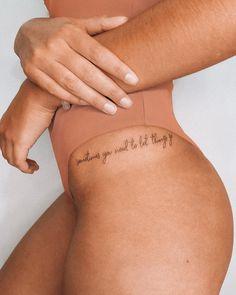 """""""A veces necesitas dejar ir las cosas""""- """"A veces necesitas dejar ir las cosas"""" - Dope Tattoos, Hip Tattoos Women, Dainty Tattoos, Pretty Tattoos, Body Art Tattoos, New Tattoos, Sleeve Tattoos, Tattos, Hip Tattoo Quotes"""