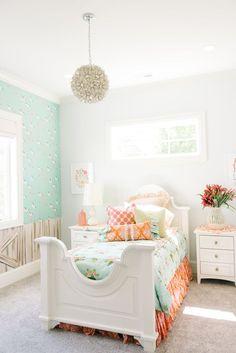 girl's room | Four Chairs Furniture #Girlsbedroomfurniture