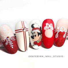 Nail Art Noel, Xmas Nail Art, Cute Christmas Nails, Xmas Nails, Holiday Nails, Disney Acrylic Nails, Fall Acrylic Nails, Drip Nails, Toe Nails