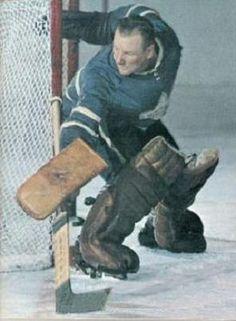Hockey Goalie, Hockey Teams, Hockey Players, Ice Hockey, Hockey Room, Maple Leafs Hockey, Canada Hockey, Native Canadian, Hockey Rules
