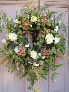A light and airy summer wreath!!! Bebe'!!!