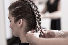 Spana in vår frisyrbild i kategorin Flätor tjejfrisyrer idag! Bli inspirerad till ditt näst frisyr!