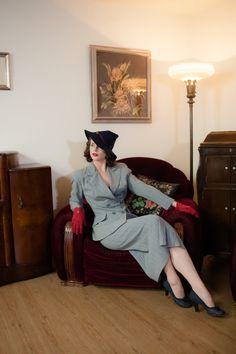 1940s vintage pak  Classic grijs krijtstreep wol oorlog door FabGabs